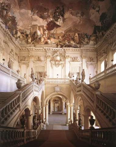 Tiepolo_fresco_and_stairwell